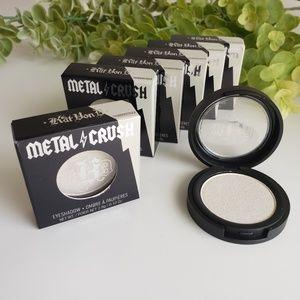 {new}KAT VON D Thunderstruck metallic eyeshadow
